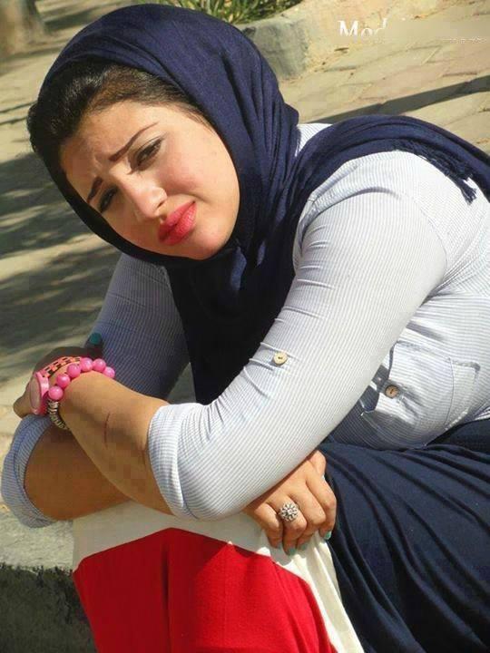 مراهقات عراقيات