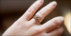 صورة لبس الخاتم في المنام , تفسير للبس الخاتم في المنام