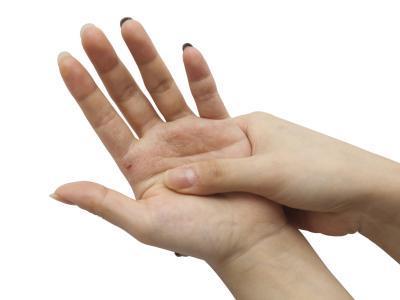 بالصور خلطات تبيض اليدين , وصفات طبيعية لتبيض اليدين 6131 2