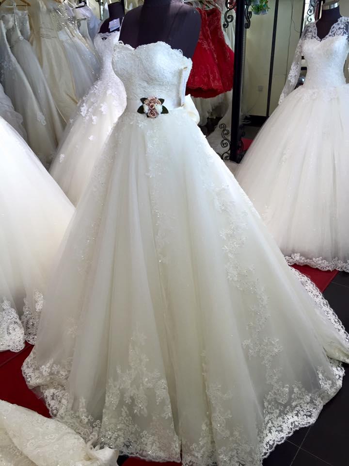 33520a42e صور فساتين زفاف , اجمل صور لفساتين العرس - كيوت