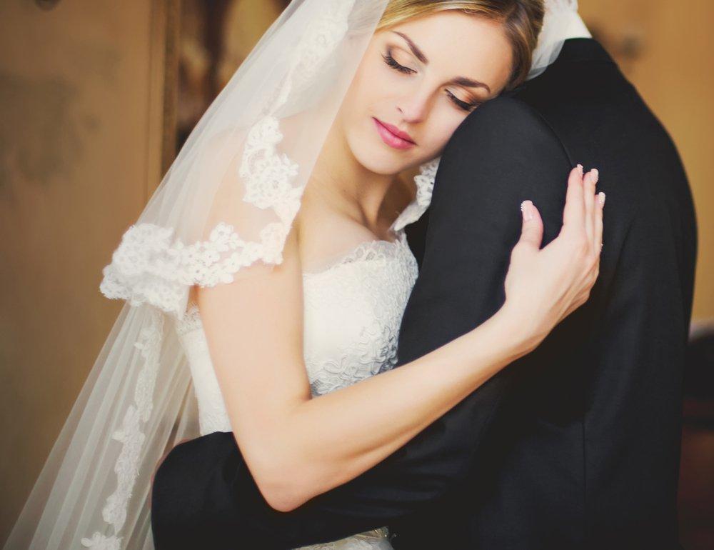 صور حلمت اني تزوجت وانا عزباء , ماهو تفسير حلم الزواج لغير المتزوجة