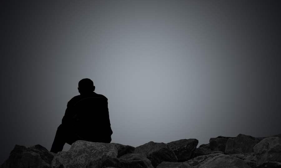 صور شخص حزين اصعب ما ترى اعيننا في صور الحزن كيوت