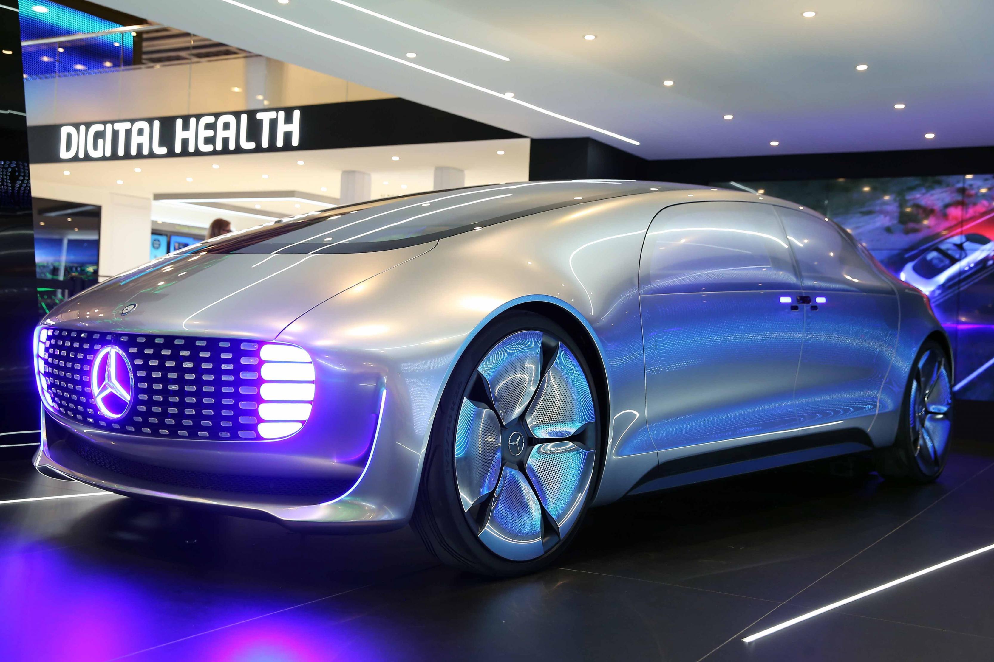 بالصور احدث صور سيارات , التكنولوجيا والتغير في عالم السيارات 2041 5