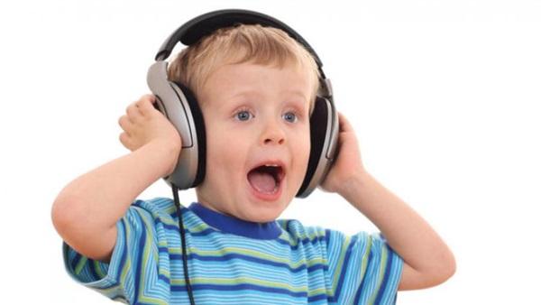 بالصور اضرار سماعات الاذن , تعرف علي اضرار سماعات الاذن 11617 1