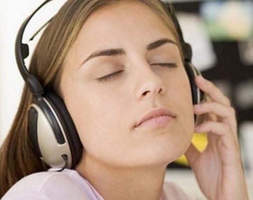 بالصور اضرار سماعات الاذن , تعرف علي اضرار سماعات الاذن 11617