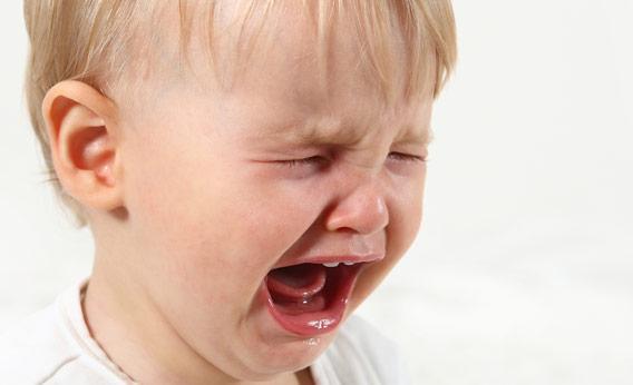 بالصور صور اطفال تبكي , بكاء الاطفال وجع اخر 11367 5