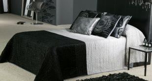 صورة غرف نوم باللون الاسود والفضي , اللون المفضل في غرف النوم