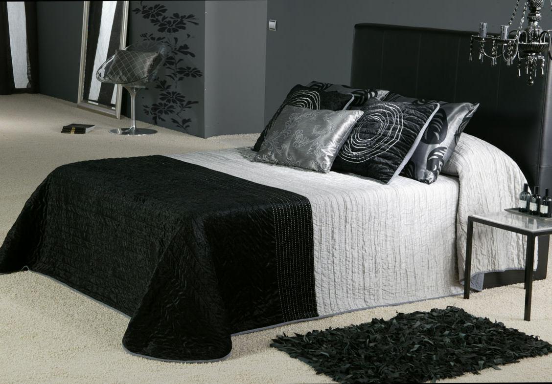 بالصور غرف نوم باللون الاسود والفضي , اللون المفضل في غرف النوم 11416