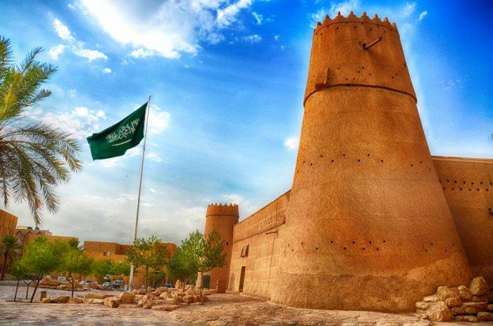 بالصور بحث عن قصر المصمك , المصمك يحفظ السلاح 11463 2