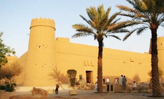 بالصور بحث عن قصر المصمك , المصمك يحفظ السلاح 11463 9