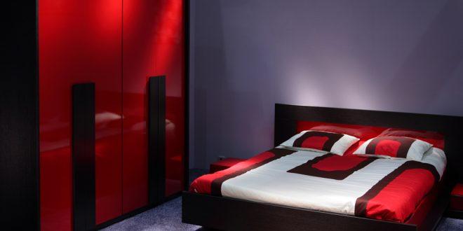 صورة ديكورات غرف نوم باللون الاحمر , اللون الاحمر يضيف البهجة
