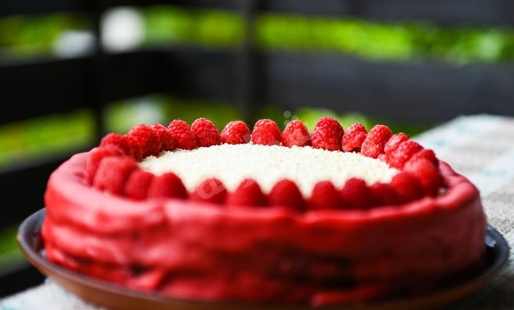 بالصور كيكة ريد فيلفت , الكيكة الحمراء موضة العصر 11685 1