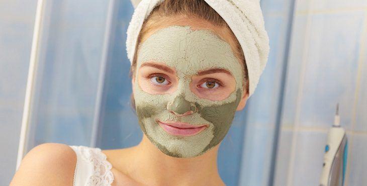 صور قناع طبيعي لتنظيف الوجه , تنظيف الوجه بقناع موفر