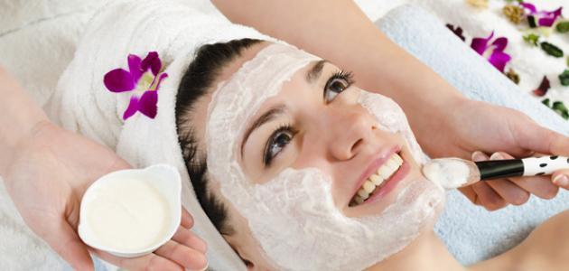 صورة قناع طبيعي لتنظيف الوجه , تنظيف الوجه بقناع موفر