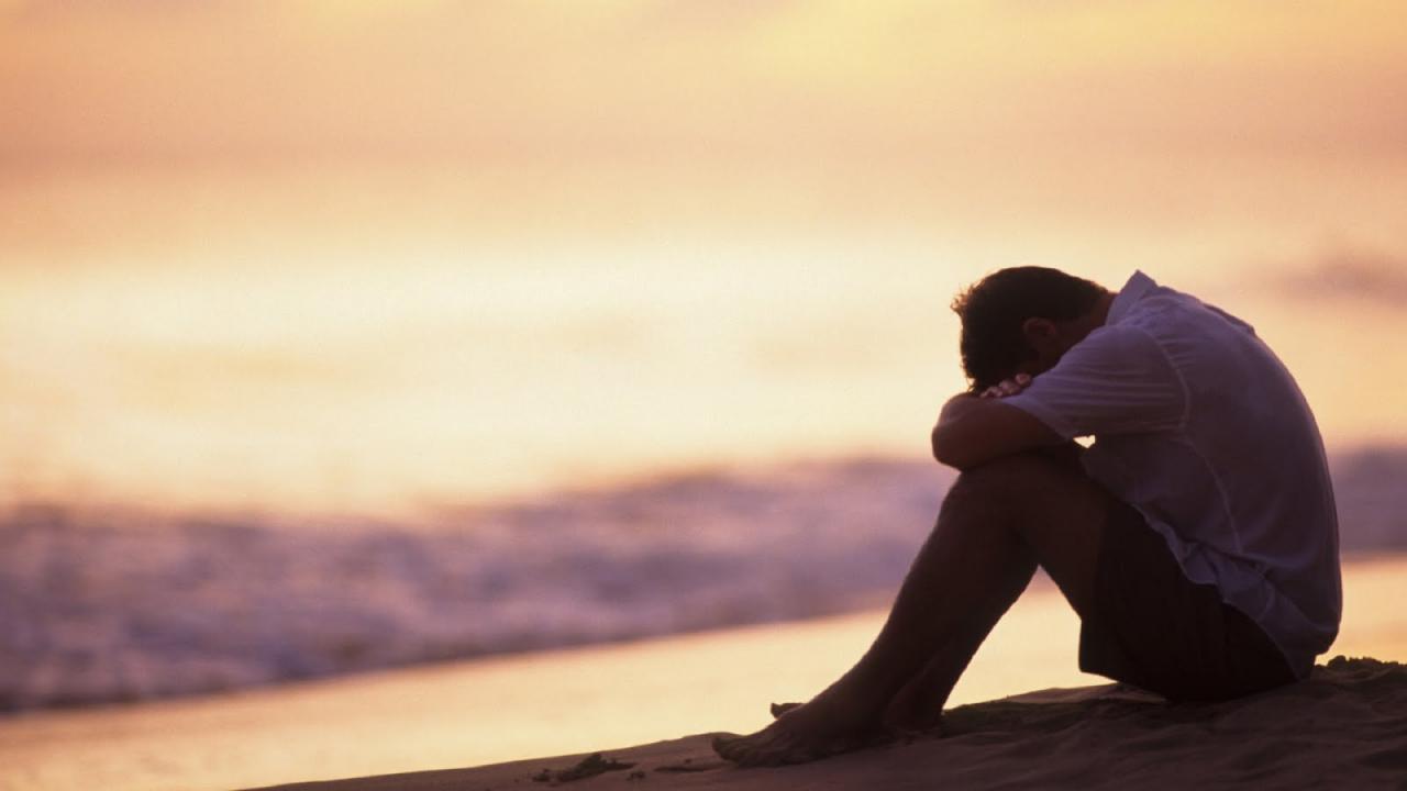 صورة صور رجال حزينة , صور لشباب ورجال حزينه