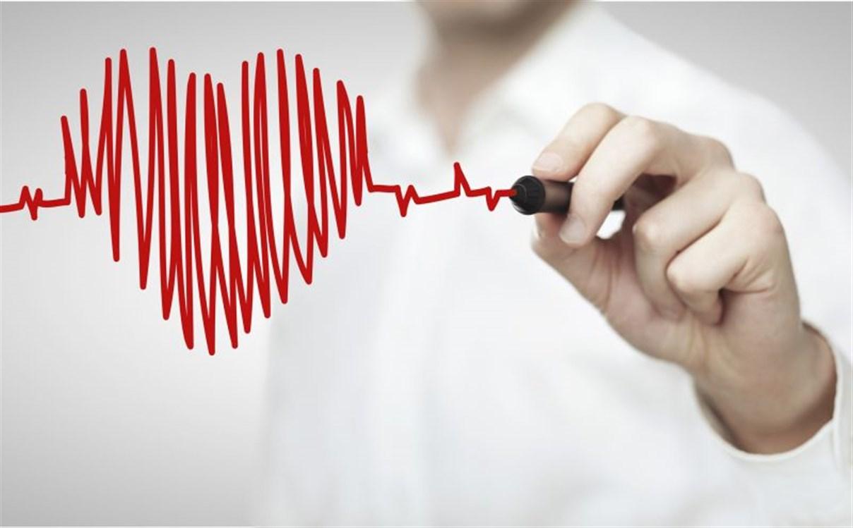 صورة سبب سرعة ضربات القلب , ما هى الاسباب فى سرعه ضربات القلب