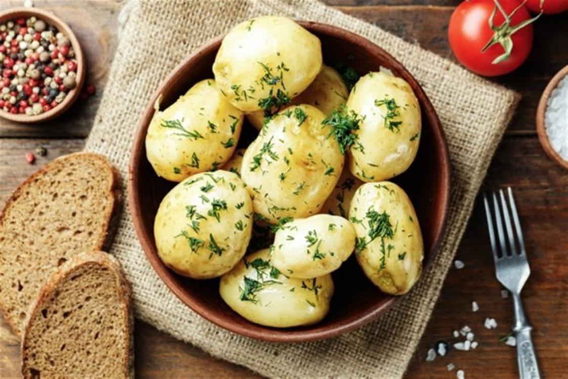 هل البطاطس المسلوقة تزيد الوزن معلومات عن البطاطس هتبهرك كيوت