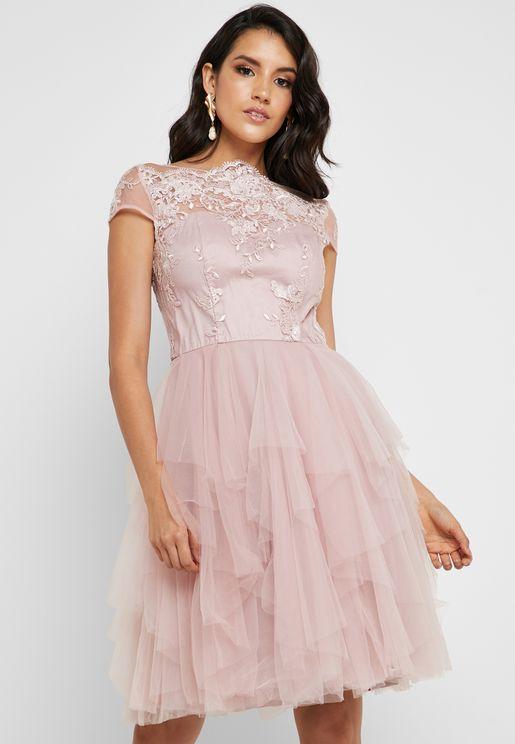 صورة تجهيز ملابس العروس , احلى ملابس عرائس