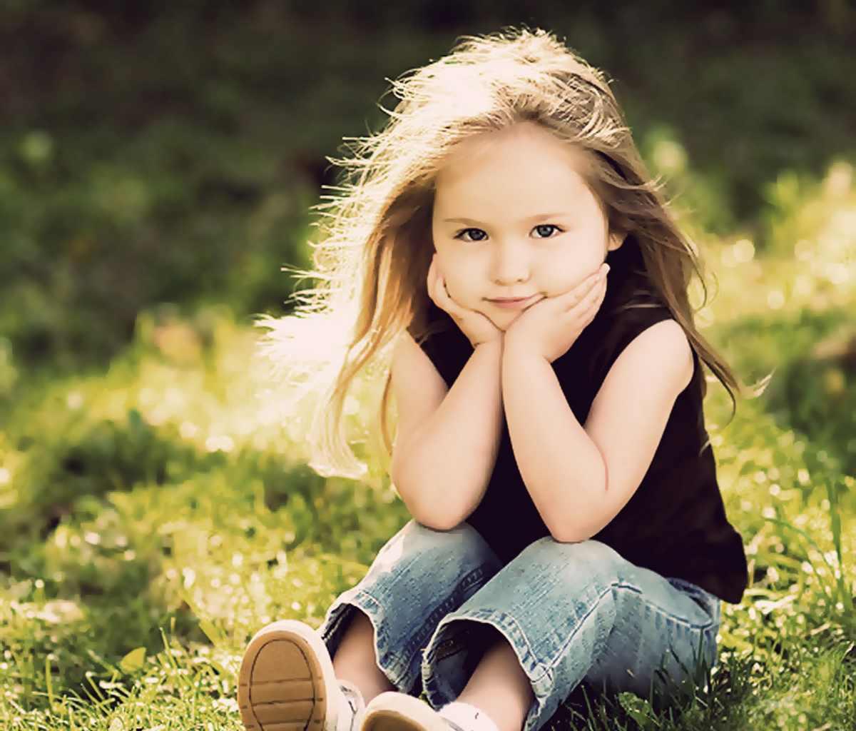 فتيات صغار كيوت قمرات
