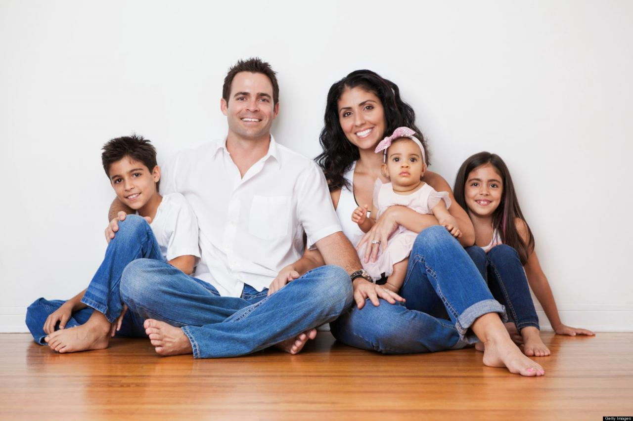صورة صور عن العائله , اجمل الخلفيات المعبرة عن حب العائلة