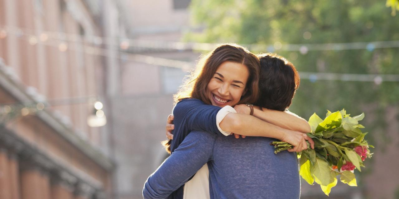 صورة كيف اجعل البنت تحبني وهي تحب شخص اخر , طريقة مبتكرة لجذب فتاه تحبها 1482 2