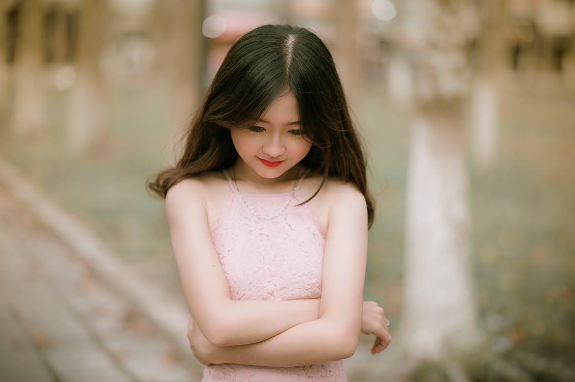 صورة كيف تعرف ان البنت تحبك , علامات حب الفتاة لك