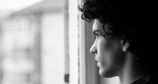 صورة صور حزينه جدا جدا , ما هى اسباب الحزن المفاجىء ؟