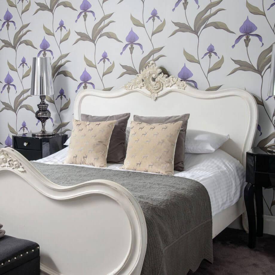 صورة ورق جدران غرف نوم , جملي غرفة نومك باجمد ورق حائط 🤫 6392 4