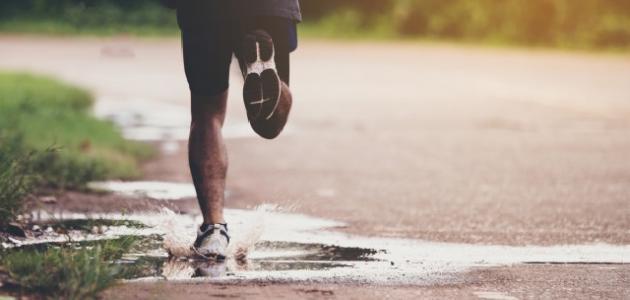 صورة تفسير حلم الركض مع شخص 10950